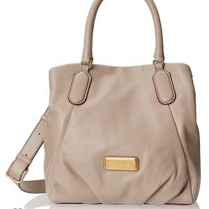 Marc by Marc Jacobs New Q Fran Bag Leather purse